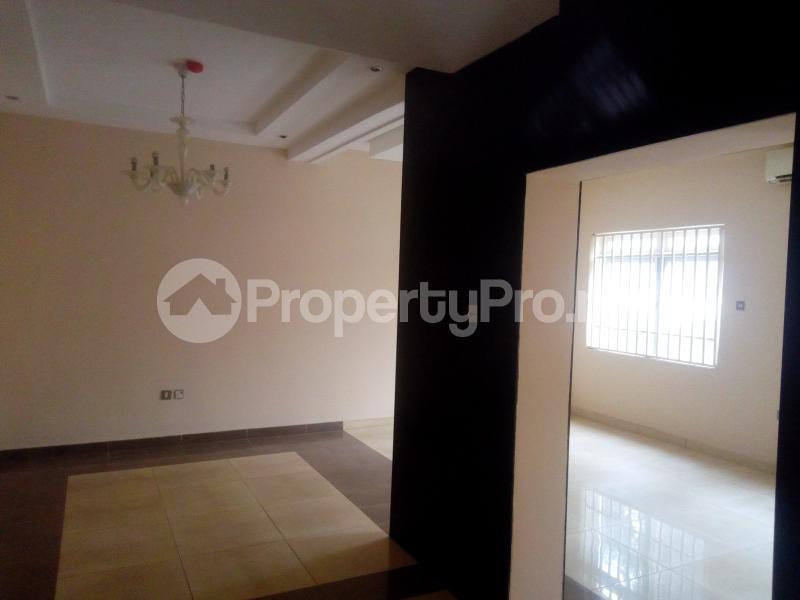 4 bedroom Terraced Duplex House for rent Euphratis Wuse 2 Abuja - 11