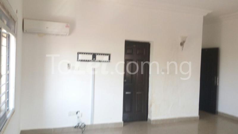 2 bedroom Flat / Apartment for rent utako Utako Phase 2 Abuja - 18