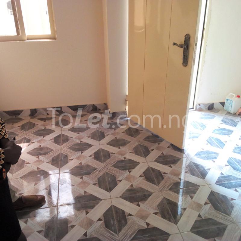 1 bedroom mini flat  Self Contain for rent Apete  Ibadan Oyo - 6