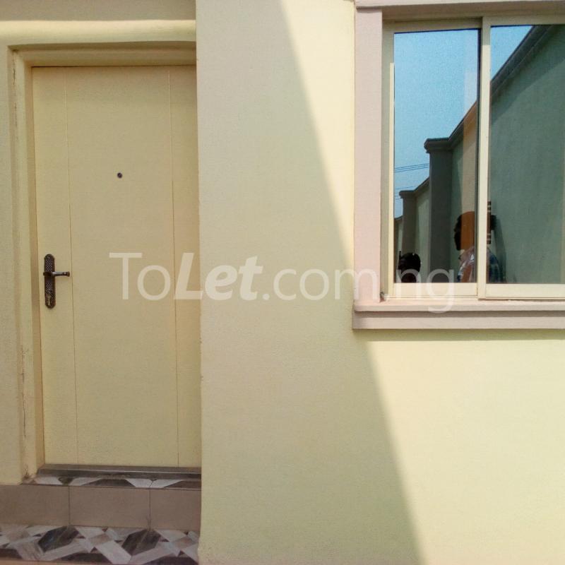 1 bedroom mini flat  Self Contain for rent Apete  Ibadan Oyo - 7