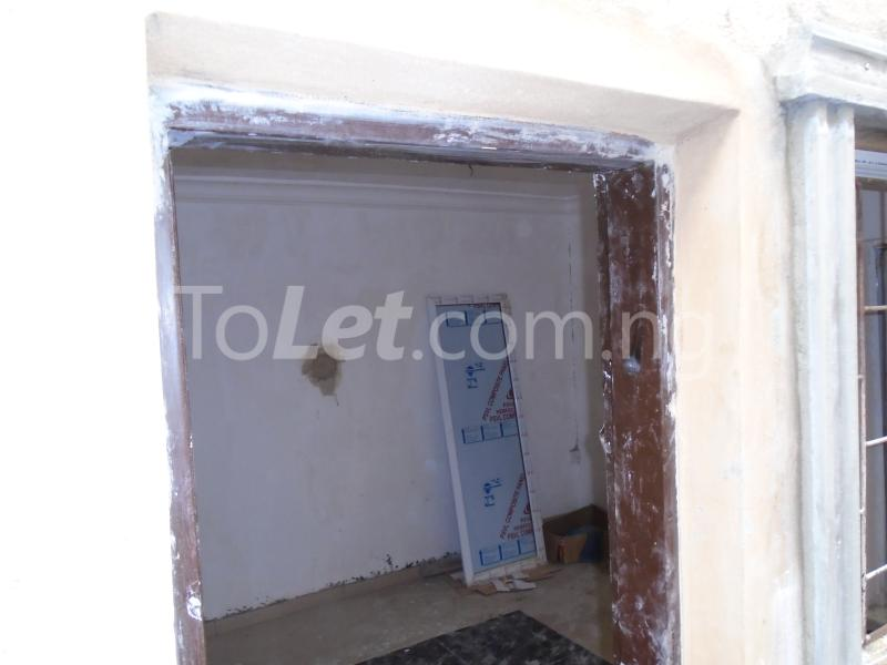 1 bedroom mini flat  Self Contain Flat / Apartment for rent - Lawanson Surulere Lagos - 0
