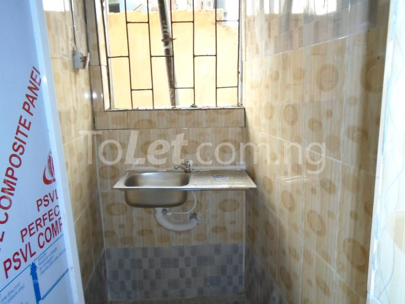 1 bedroom mini flat  Self Contain Flat / Apartment for rent - Lawanson Surulere Lagos - 9