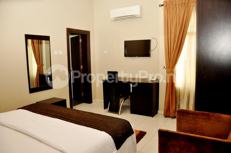 1 bedroom mini flat  Self Contain Flat / Apartment for shortlet 19 Ladipo Omotesho Cole Street, Lekki Phase 1 Lekki Lagos - 10
