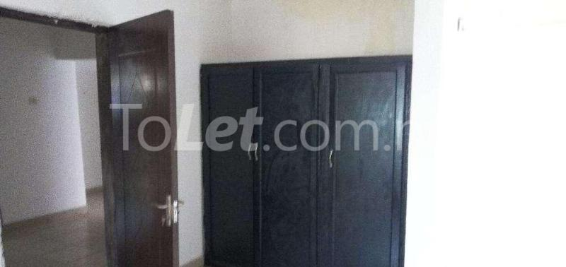 3 bedroom Flat / Apartment for rent Shonibare estate, maryland Shomolu Lagos - 3