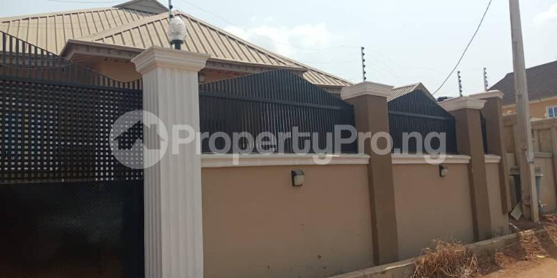 3 bedroom Detached Bungalow House for rent ireakari estate Akala Express Ibadan Oyo - 3