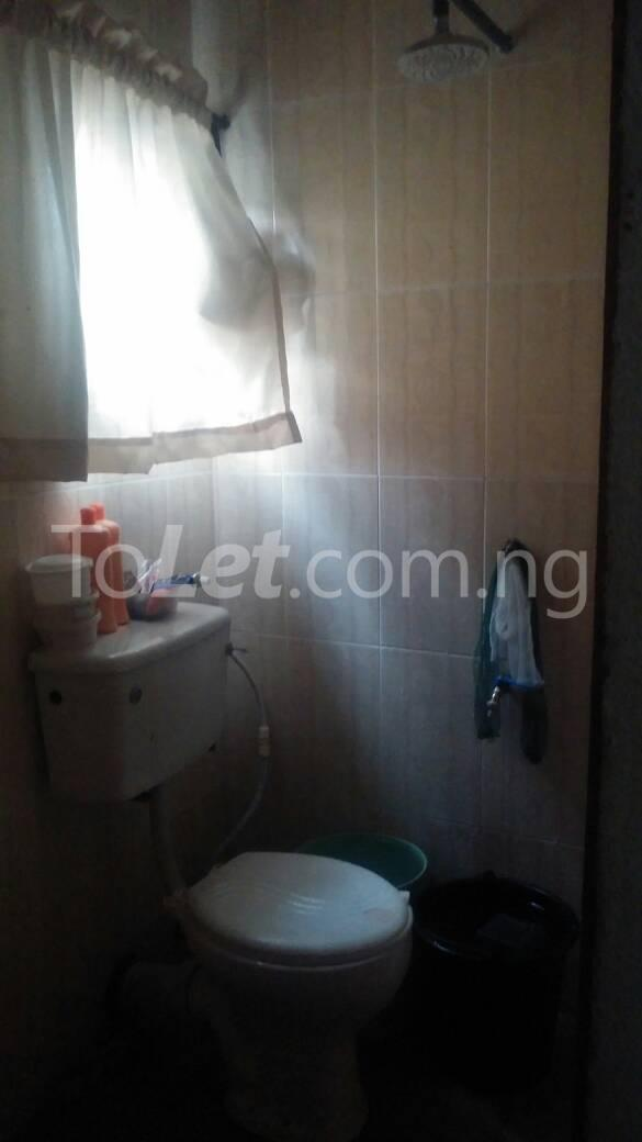 Self Contain Flat / Apartment for rent - Lawanson Surulere Lagos - 7