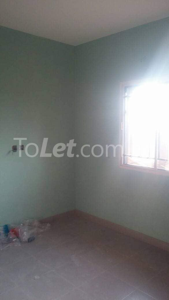 Self Contain Flat / Apartment for rent - Itire Surulere Lagos - 0