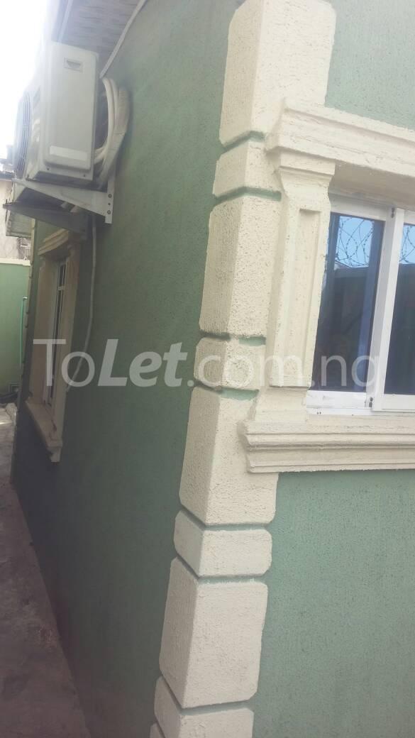 Self Contain Flat / Apartment for rent - Lawanson Surulere Lagos - 0