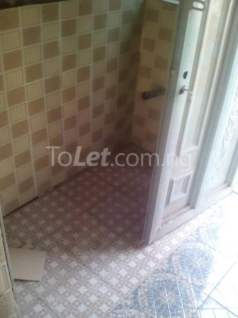 1 bedroom mini flat  Self Contain Flat / Apartment for rent - Challenge Ibadan Oyo - 6