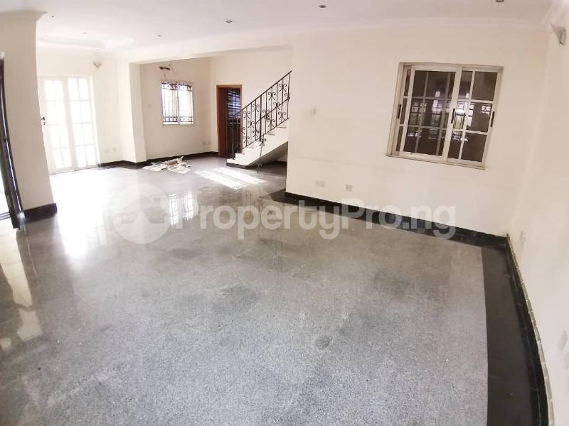 3 bedroom Terraced Duplex House for rent Parkview Estate Ikoyi Lagos - 4