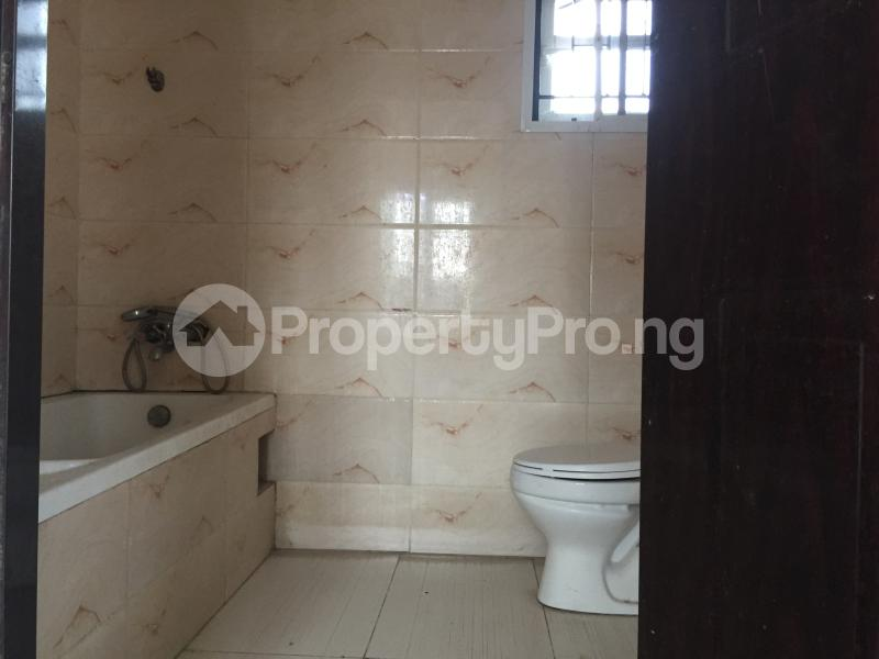 3 bedroom Blocks of Flats House for rent Ologolo  Ologolo Lekki Lagos - 3