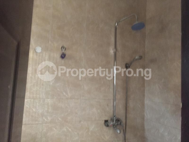 3 bedroom Blocks of Flats House for rent Ologolo  Ologolo Lekki Lagos - 6