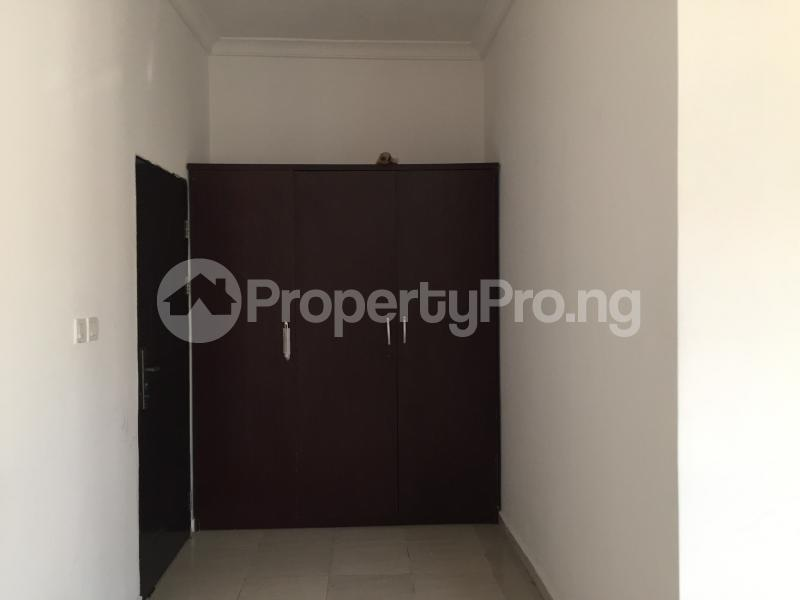 3 bedroom Blocks of Flats House for rent Ologolo  Ologolo Lekki Lagos - 2