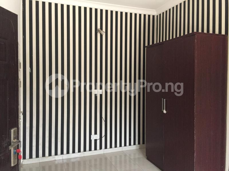 3 bedroom Blocks of Flats House for rent Ologolo  Ologolo Lekki Lagos - 5