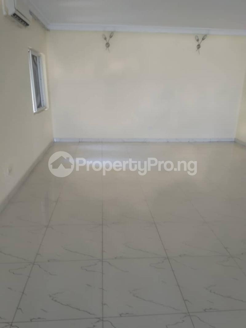 3 bedroom Shared Apartment Flat / Apartment for rent Safe Court Ikate Lekki Lagos - 1