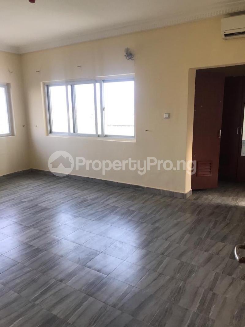 3 bedroom Shared Apartment Flat / Apartment for rent Safe Court Ikate Lekki Lagos - 12