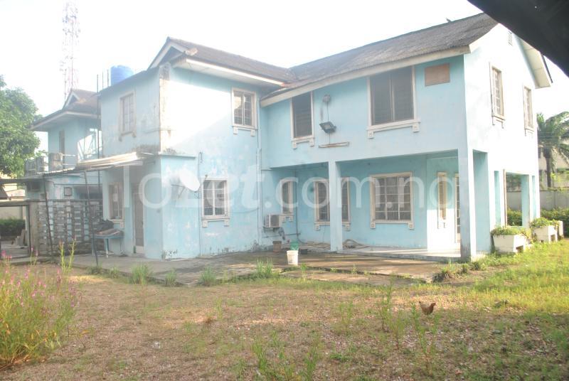 3 bedroom House for sale Barthurst Road off Oduduwa Road  Apapa G.R.A Apapa Lagos - 4