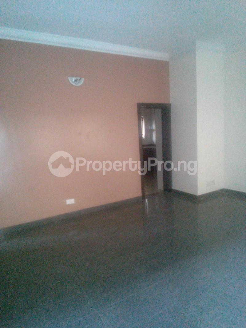 3 bedroom Flat / Apartment for rent Pedro Phase 1 Gbagada Lagos - 2
