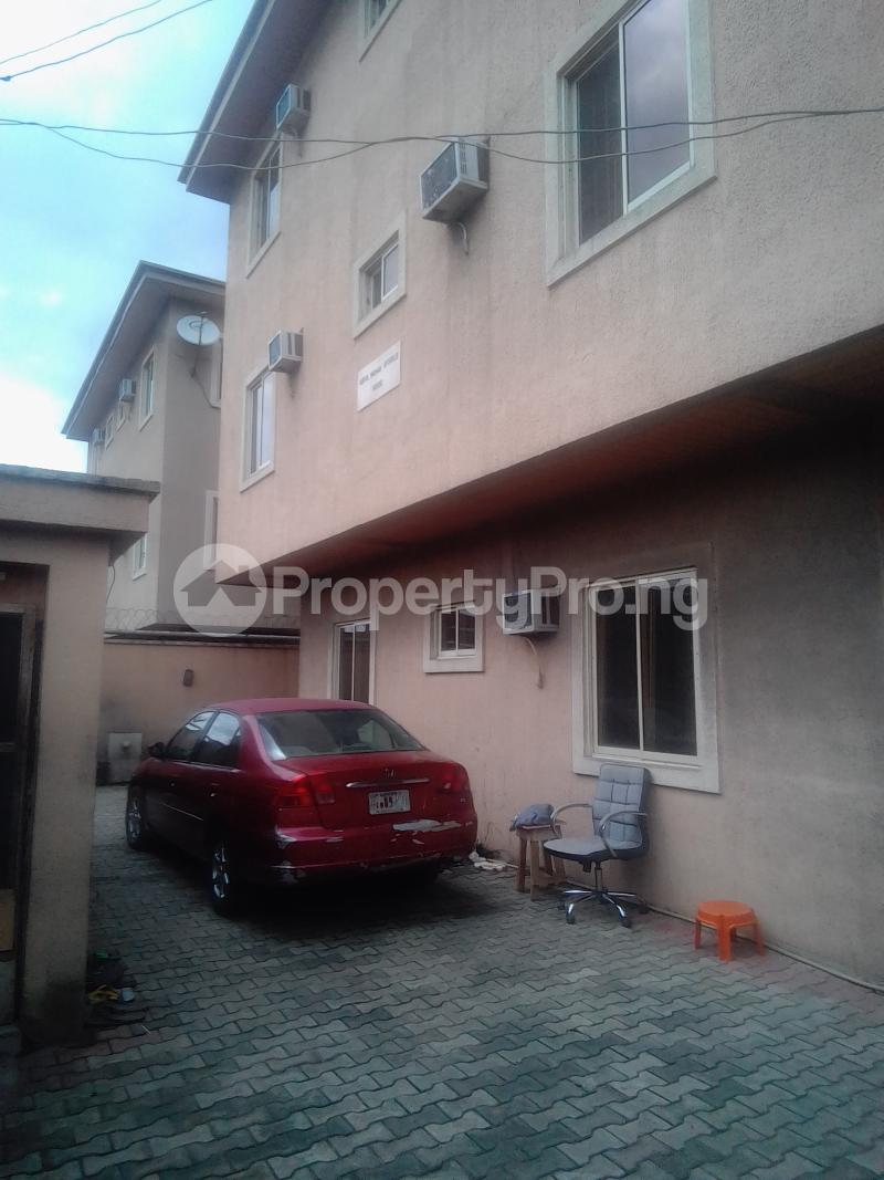 3 bedroom Flat / Apartment for rent Pedro Phase 1 Gbagada Lagos - 1