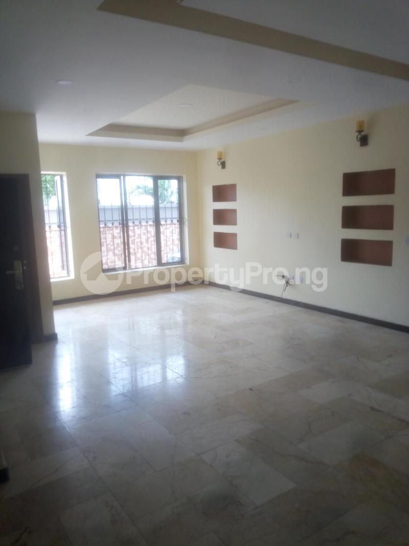 3 bedroom Flat / Apartment for rent Off Land bridge avenue ONIRU Victoria Island Lagos - 1