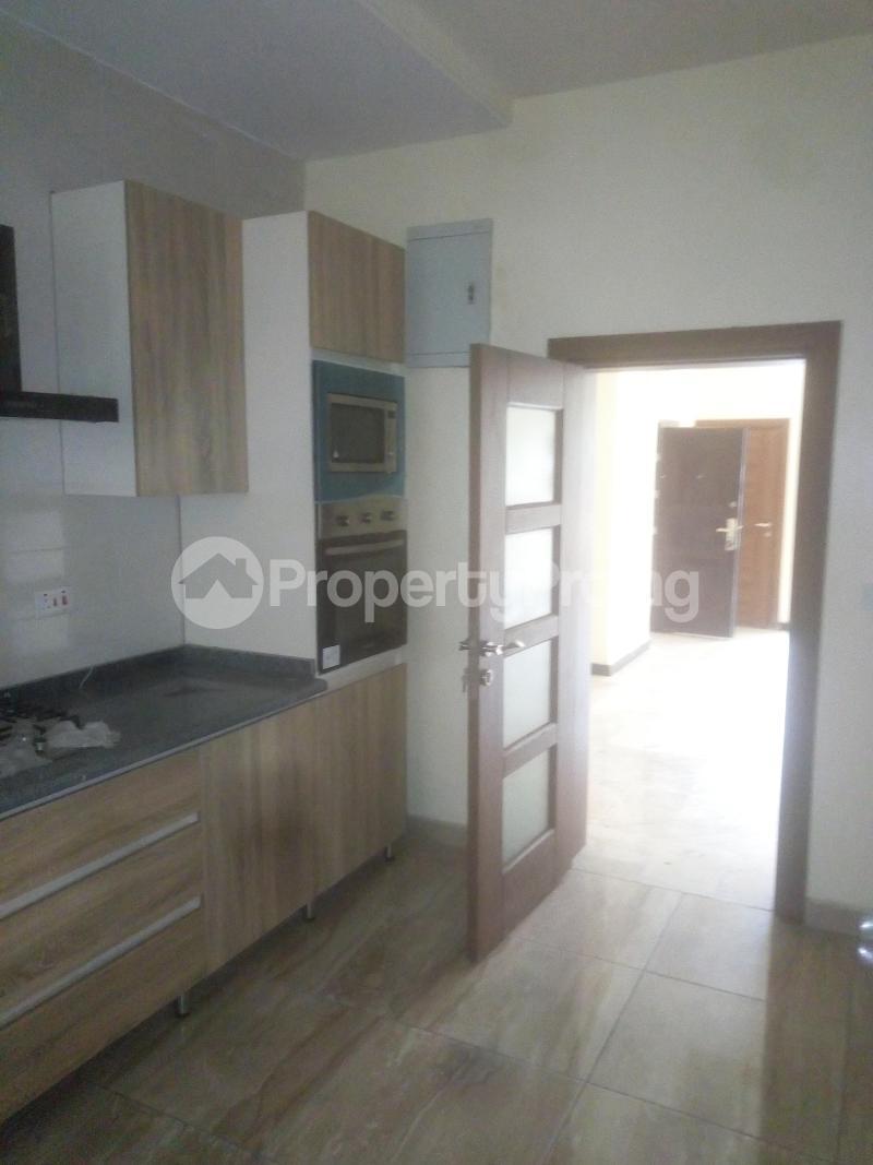 3 bedroom Flat / Apartment for rent Off Land bridge avenue ONIRU Victoria Island Lagos - 3