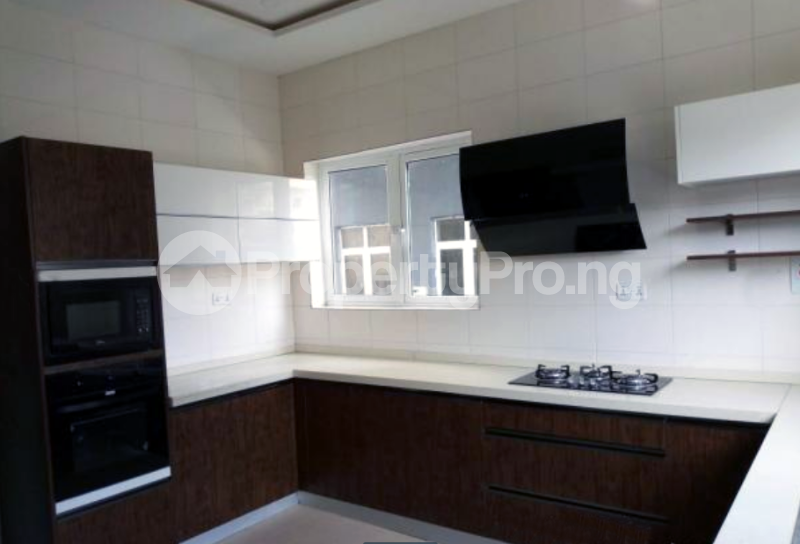 4 bedroom Semi Detached Duplex House for sale In an Estate Near ShopRite Osapa london Lekki Lagos - 4