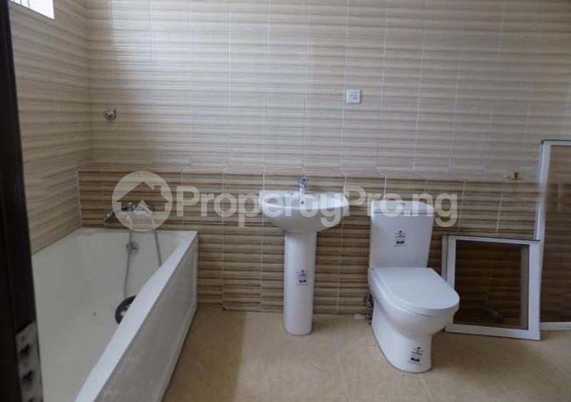 4 bedroom Semi Detached Duplex House for sale In an Estate Near ShopRite Osapa london Lekki Lagos - 9
