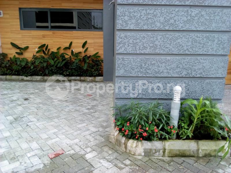 4 bedroom Terraced Duplex House for sale Before Canal Agungi Lekki Lagos - 13