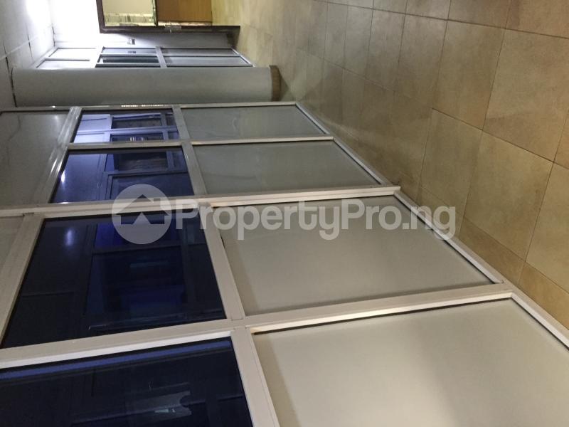 Desk Co working space for shortlet Aperin House, Lekki-Epe Expressway Thomas estate Ajah Lagos - 4