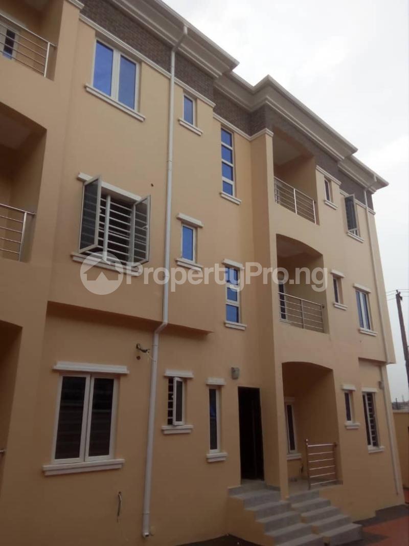 2 bedroom Flat / Apartment for rent Off magodo GRA phase 2 Magodo GRA Phase 2 Kosofe/Ikosi Lagos - 13
