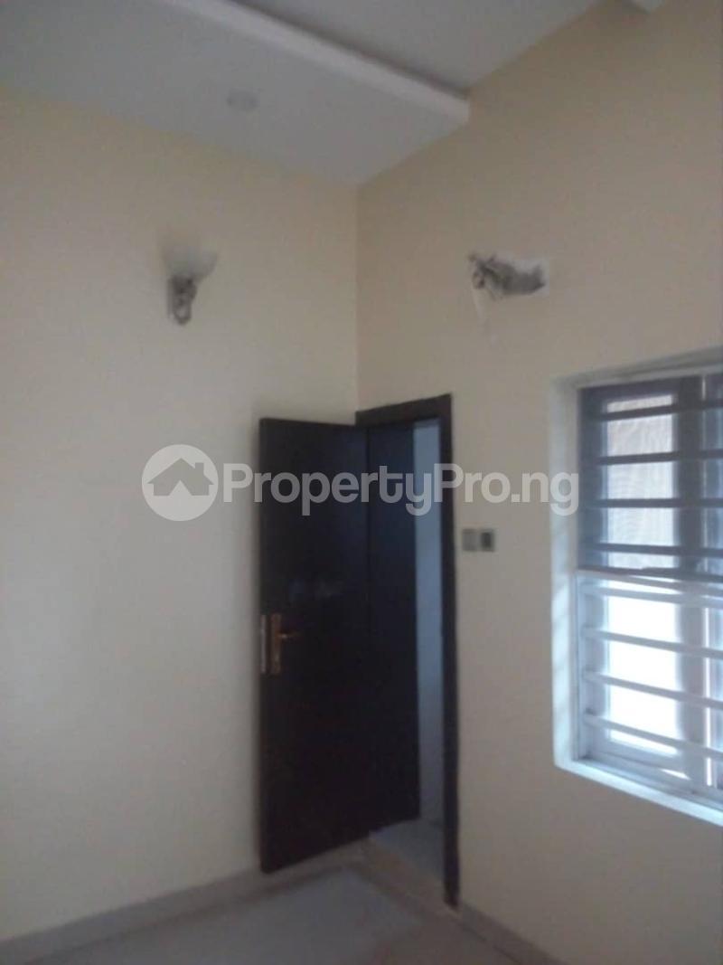 2 bedroom Flat / Apartment for rent Off magodo GRA phase 2 Magodo GRA Phase 2 Kosofe/Ikosi Lagos - 2