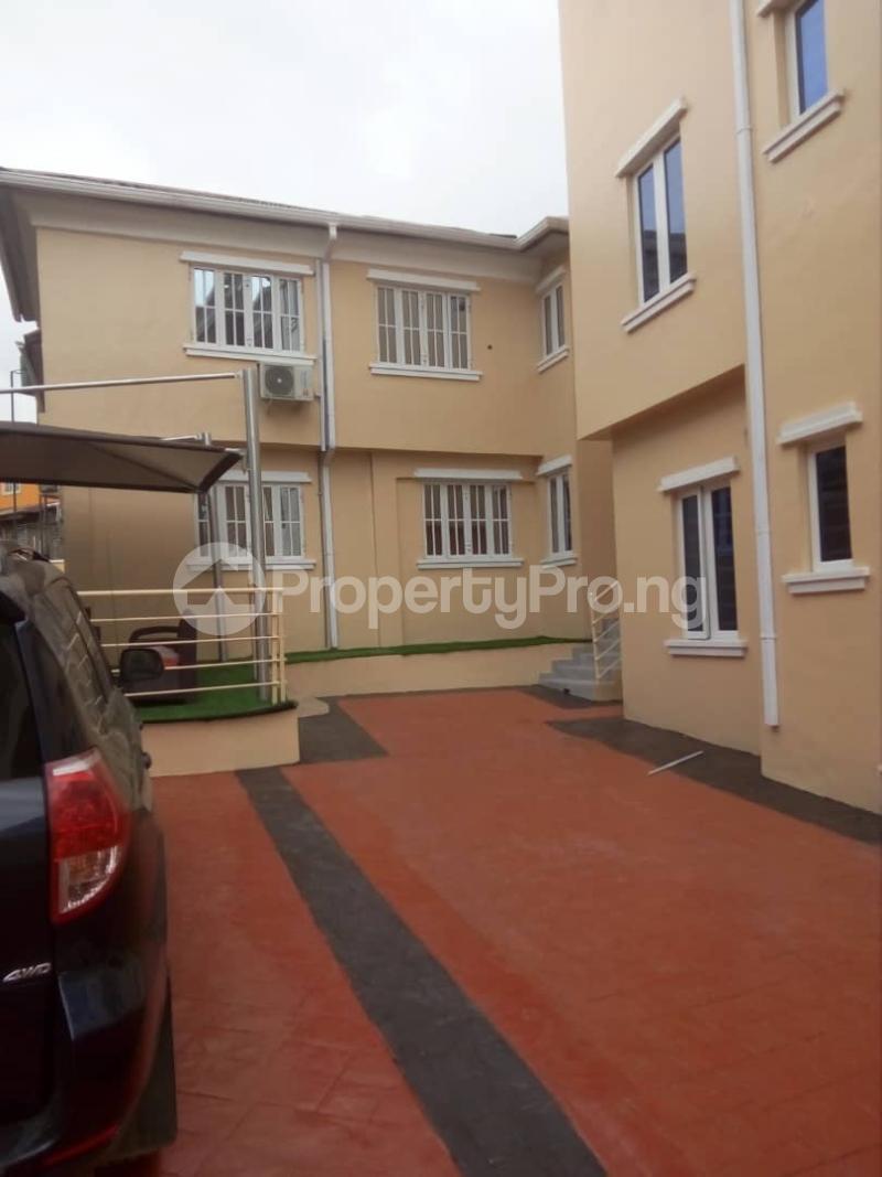 2 bedroom Flat / Apartment for rent Off magodo GRA phase 2 Magodo GRA Phase 2 Kosofe/Ikosi Lagos - 10