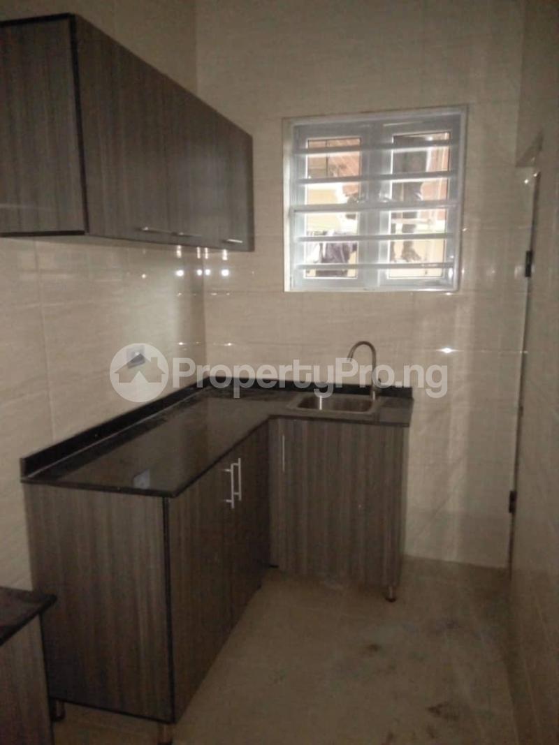 2 bedroom Flat / Apartment for rent Off magodo GRA phase 2 Magodo GRA Phase 2 Kosofe/Ikosi Lagos - 6