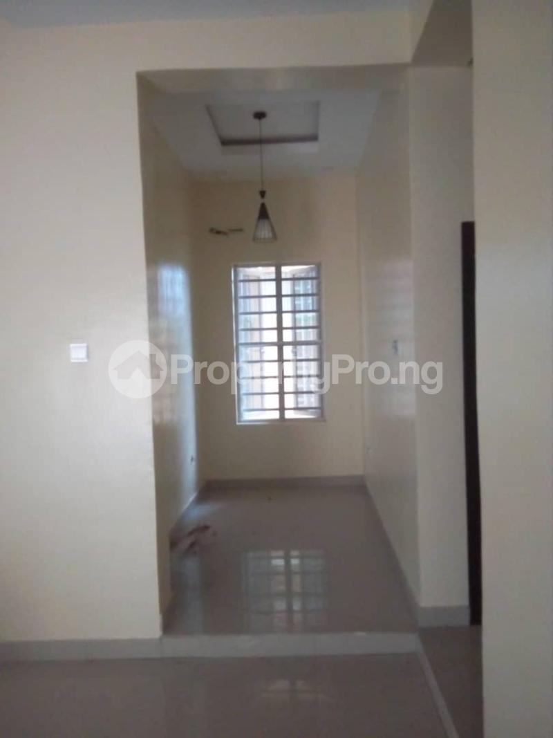 2 bedroom Flat / Apartment for rent Off magodo GRA phase 2 Magodo GRA Phase 2 Kosofe/Ikosi Lagos - 5