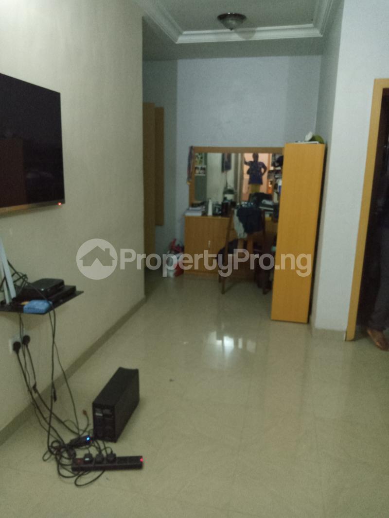 3 bedroom Semi Detached Duplex House for sale Bayou Oyewale street Ago palace Okota Lagos - 3