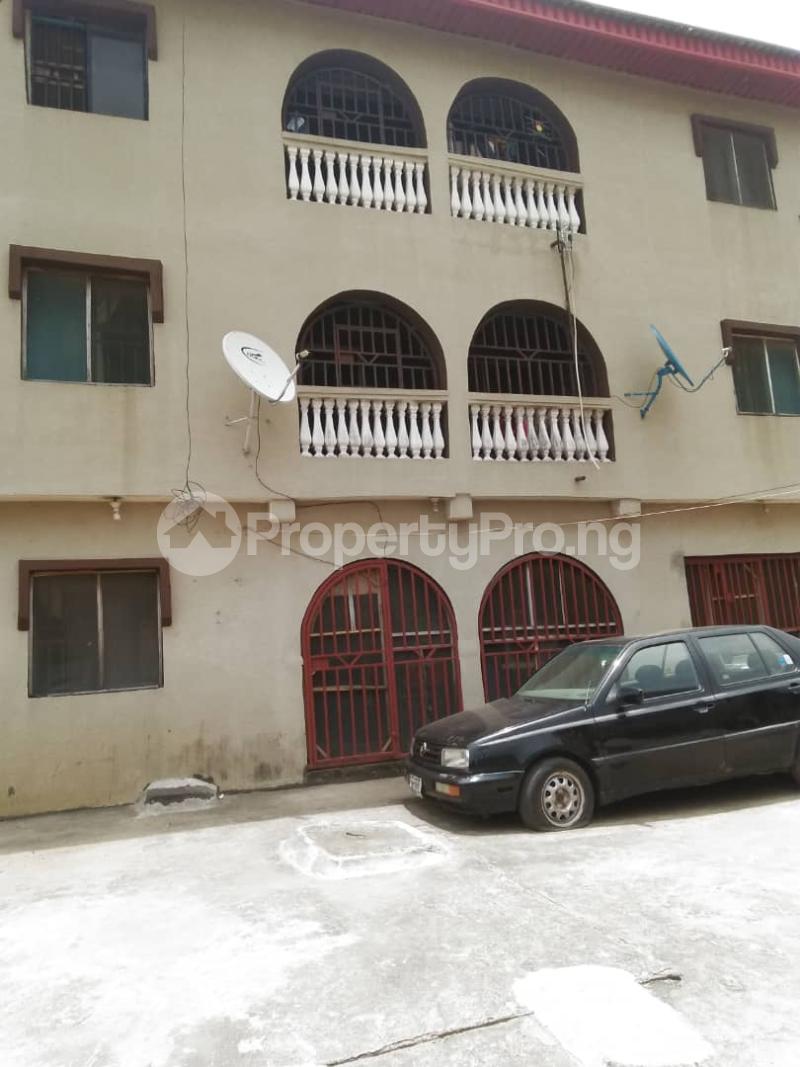 1 bedroom mini flat  Mini flat Flat / Apartment for rent Community Road Ago palace Okota Lagos - 0