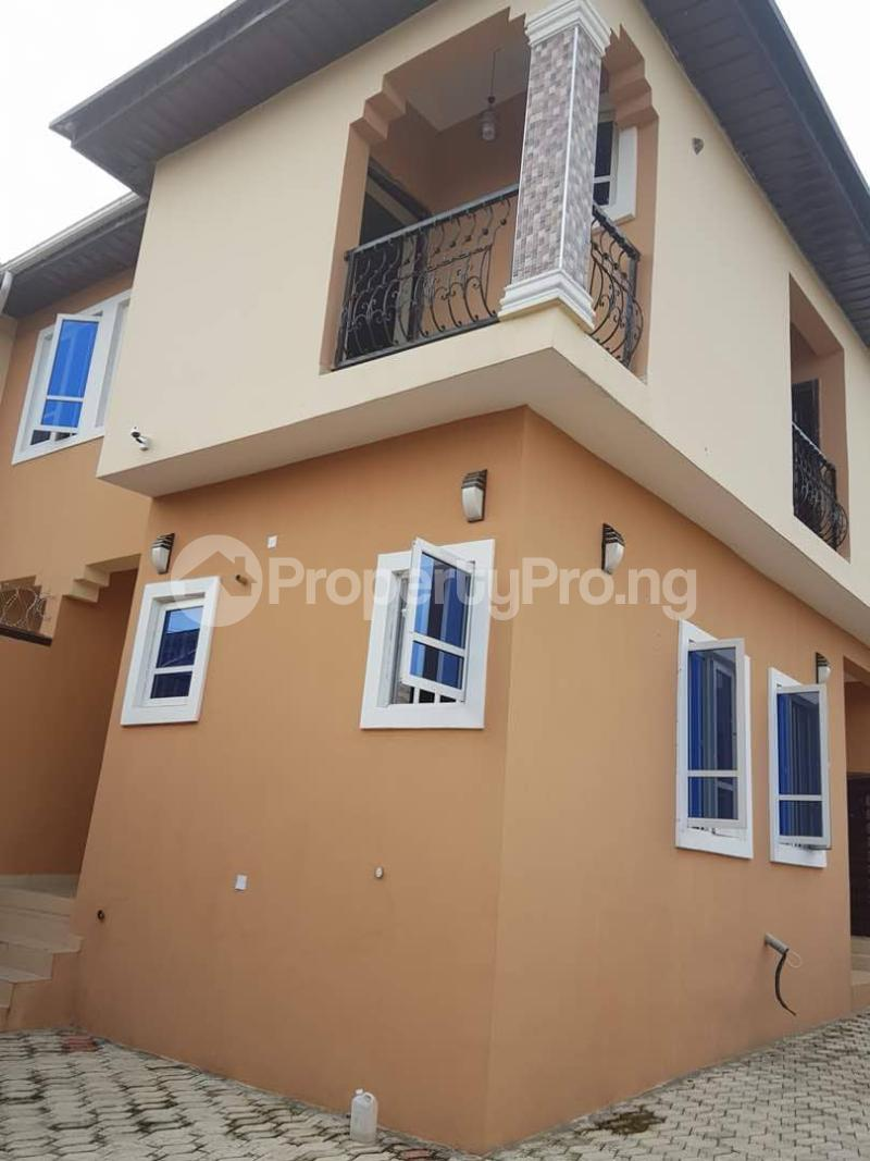 2 bedroom Semi Detached Duplex House for sale Omole phase2 extension Berger Ojodu Lagos - 0
