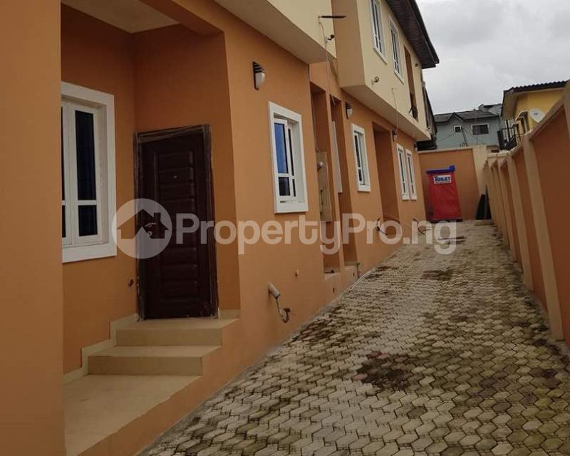 2 bedroom Semi Detached Duplex House for sale Omole phase2 extension Berger Ojodu Lagos - 8