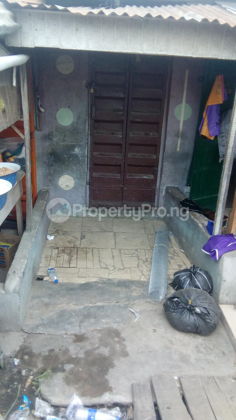 Shop Commercial Property for rent Ijesha Surulere Lagos - 1