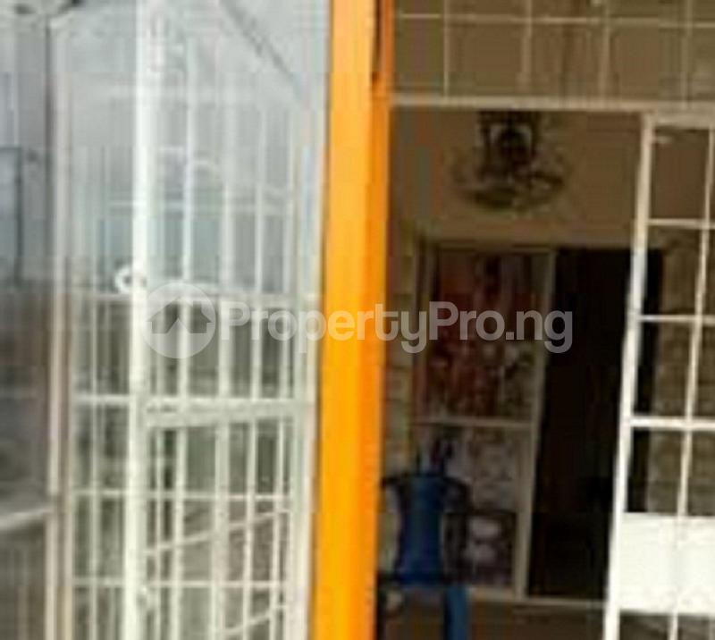 Shop Commercial Property for rent babs-animashanru Surulere Lagos - 0