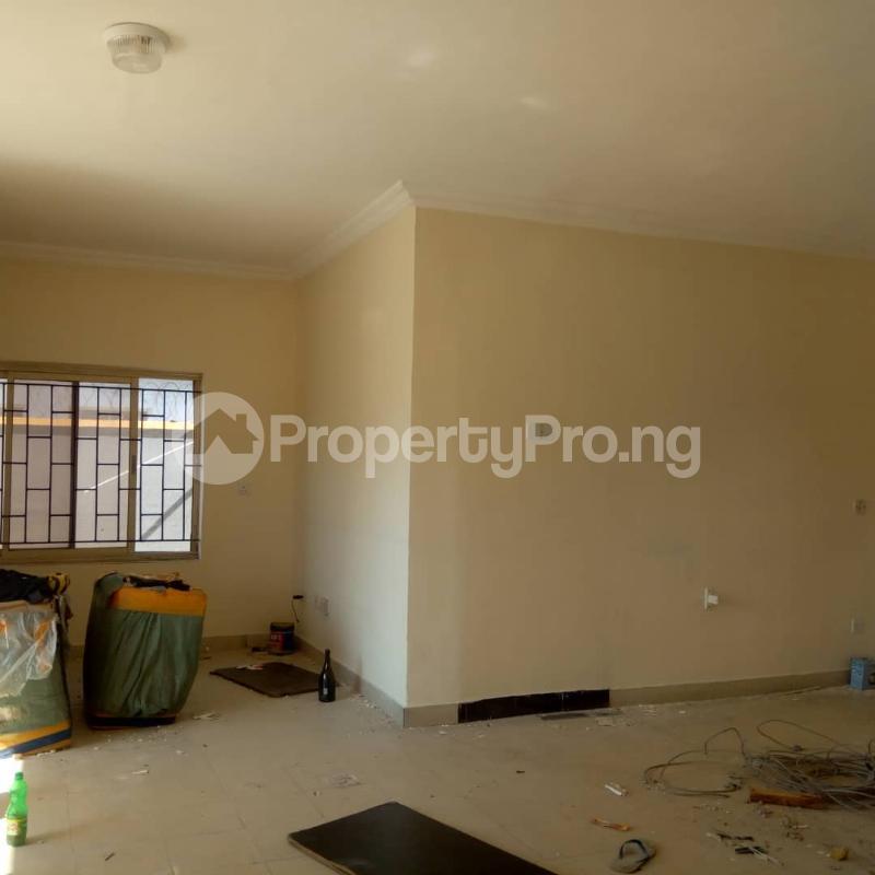 Shop Commercial Property for rent -- Lekki Phase 1 Lekki Lagos - 2