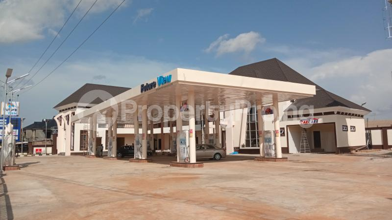 Shop Commercial Property for rent KACHIA ROAD,BY WATER BOARD,SABO KADUNA Kaduna South Kaduna - 2