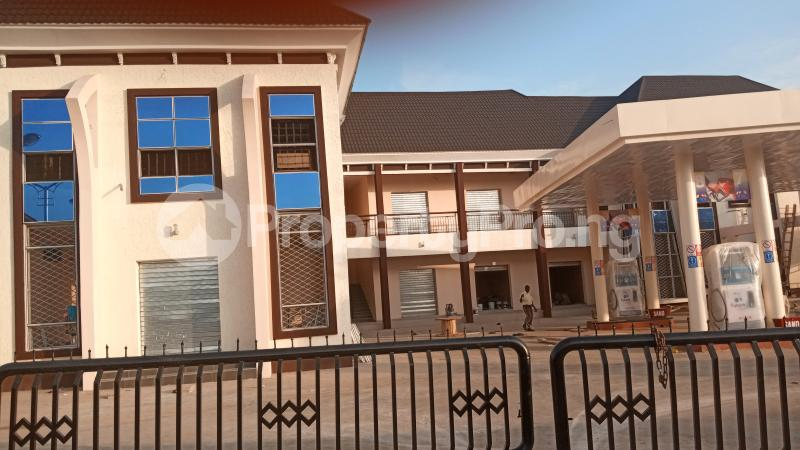 Shop Commercial Property for rent KACHIA ROAD,BY WATER BOARD,SABO KADUNA Kaduna South Kaduna - 0