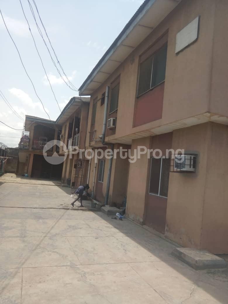3 bedroom Flat / Apartment for sale - Agric Ikorodu Lagos - 4