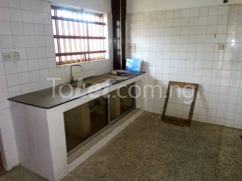 3 bedroom Flat / Apartment for rent - Allen Avenue Ikeja Lagos - 9