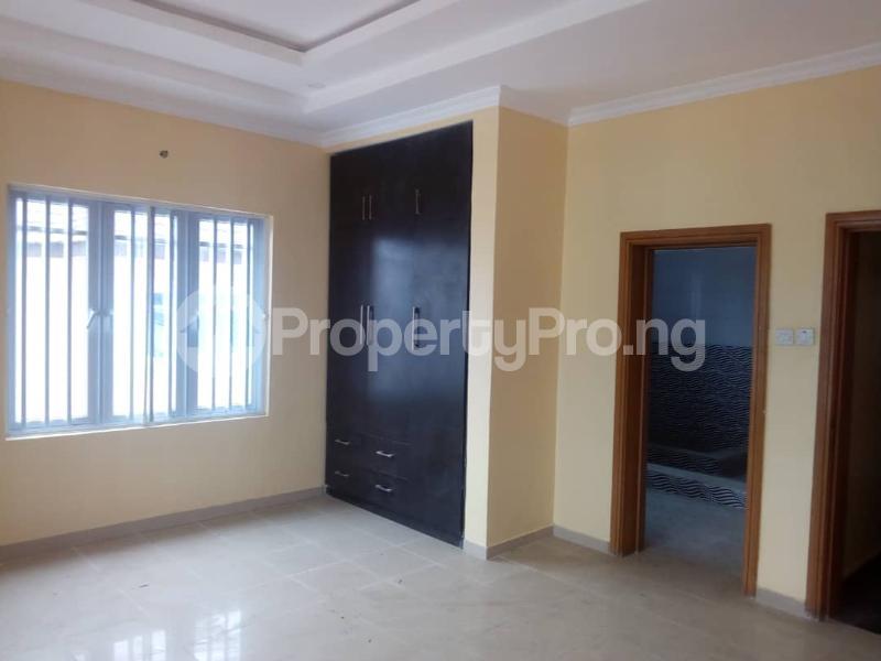 6 bedroom Detached Duplex House for sale --- Lekki Phase 1 Lekki Lagos - 12
