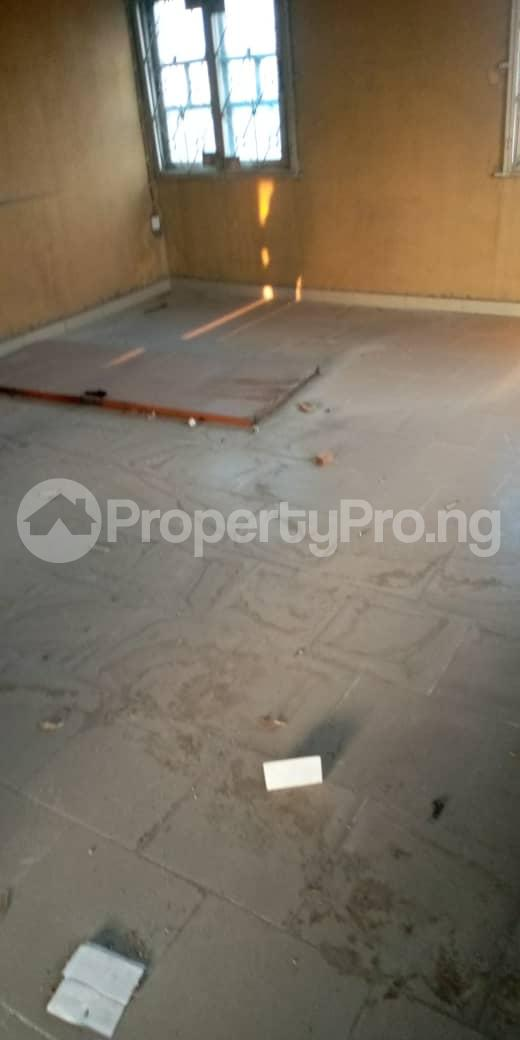 3 bedroom Self Contain Flat / Apartment for rent Awofeso Palmgroove Shomolu Lagos - 5
