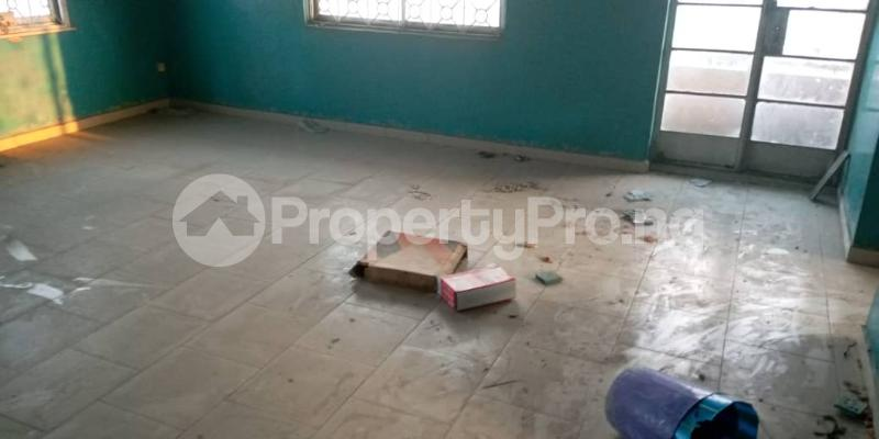 3 bedroom Self Contain Flat / Apartment for rent Awofeso Palmgroove Shomolu Lagos - 1