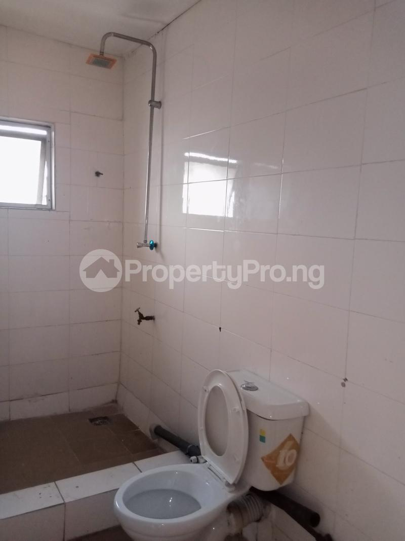 3 bedroom Mini flat Flat / Apartment for rent Off Oluwadare Fola Agoro Yaba Lagos - 10