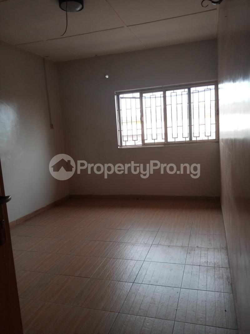 3 bedroom Mini flat Flat / Apartment for rent Off Oluwadare Fola Agoro Yaba Lagos - 0